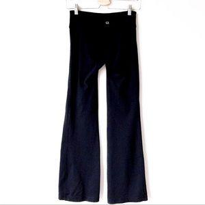 2d20c0150e886 GAP Pants   Body Fit Gflex True Black Bootcut Leggings   Poshmark